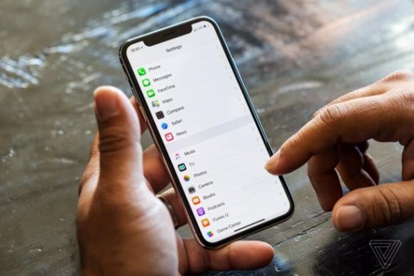 Apple kendi ekran teknolojisini geliştiriyor!