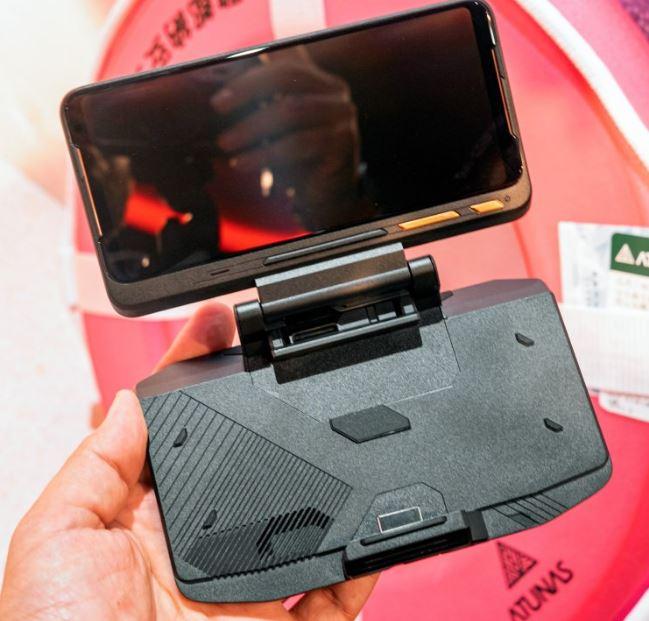 Asus Rog Phone II 120 Hz HDR ekranıyla geliyor 5