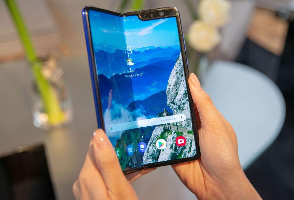 Samsung katlanabilir telefon patentine doymuyor