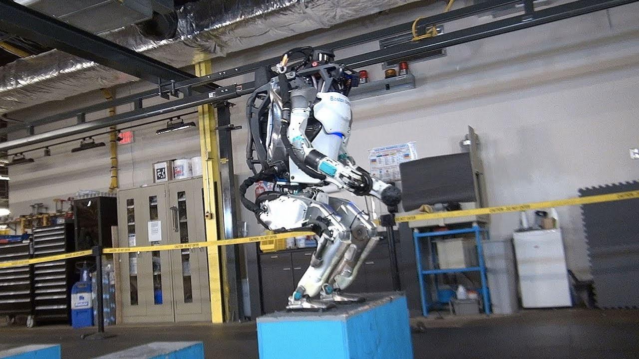 Boston Dynamics, robota jimnastik yaptırdı