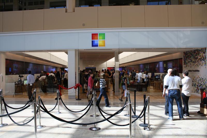 Microsoft, iPhone kullanıcılarına takas teklif etti