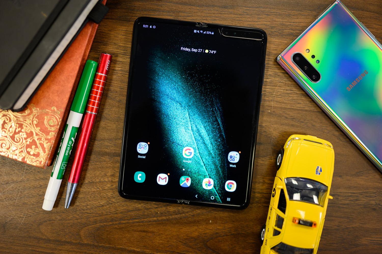 Samsung katlanabilir telefon satış hedefi ortaya çıktı