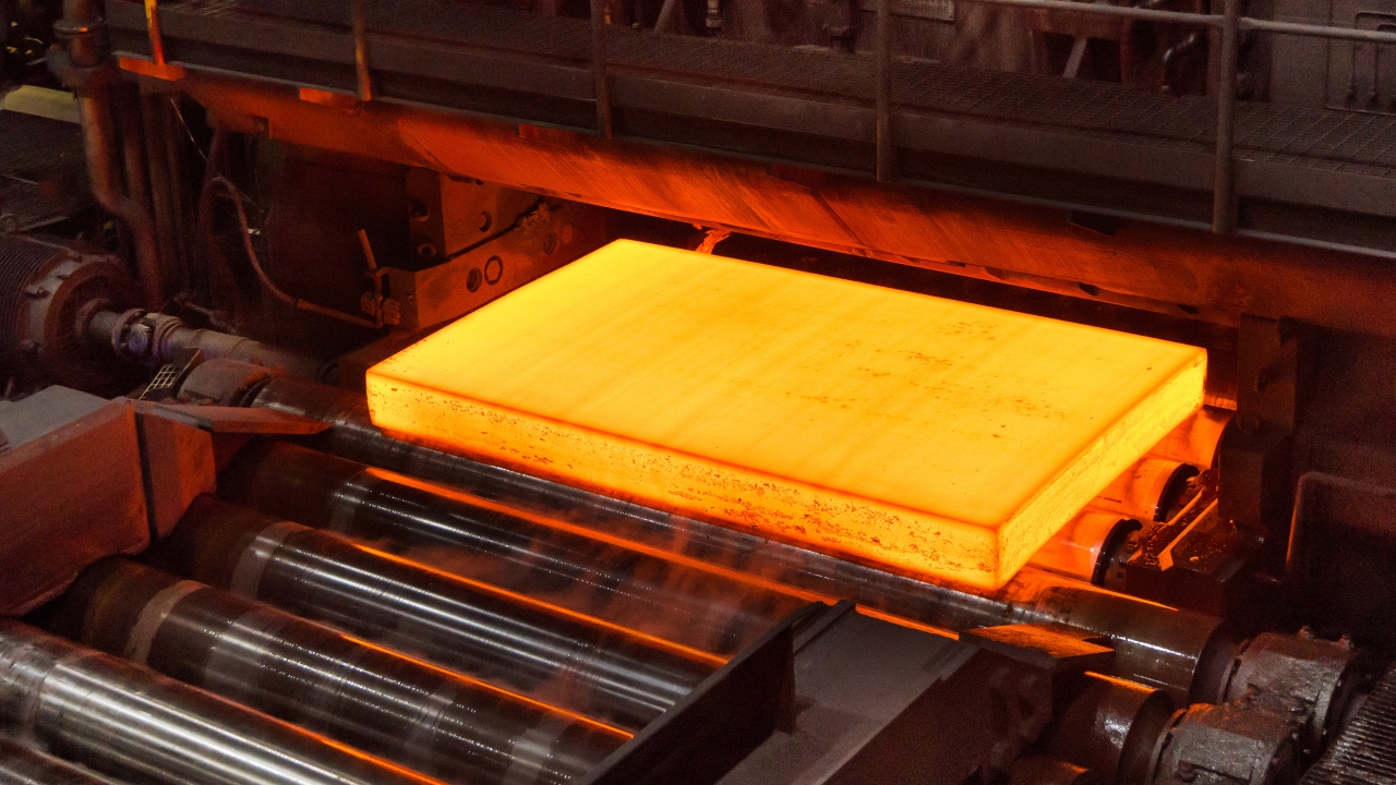 Big step for the green planet: Carbonless steel produced for the first time 2